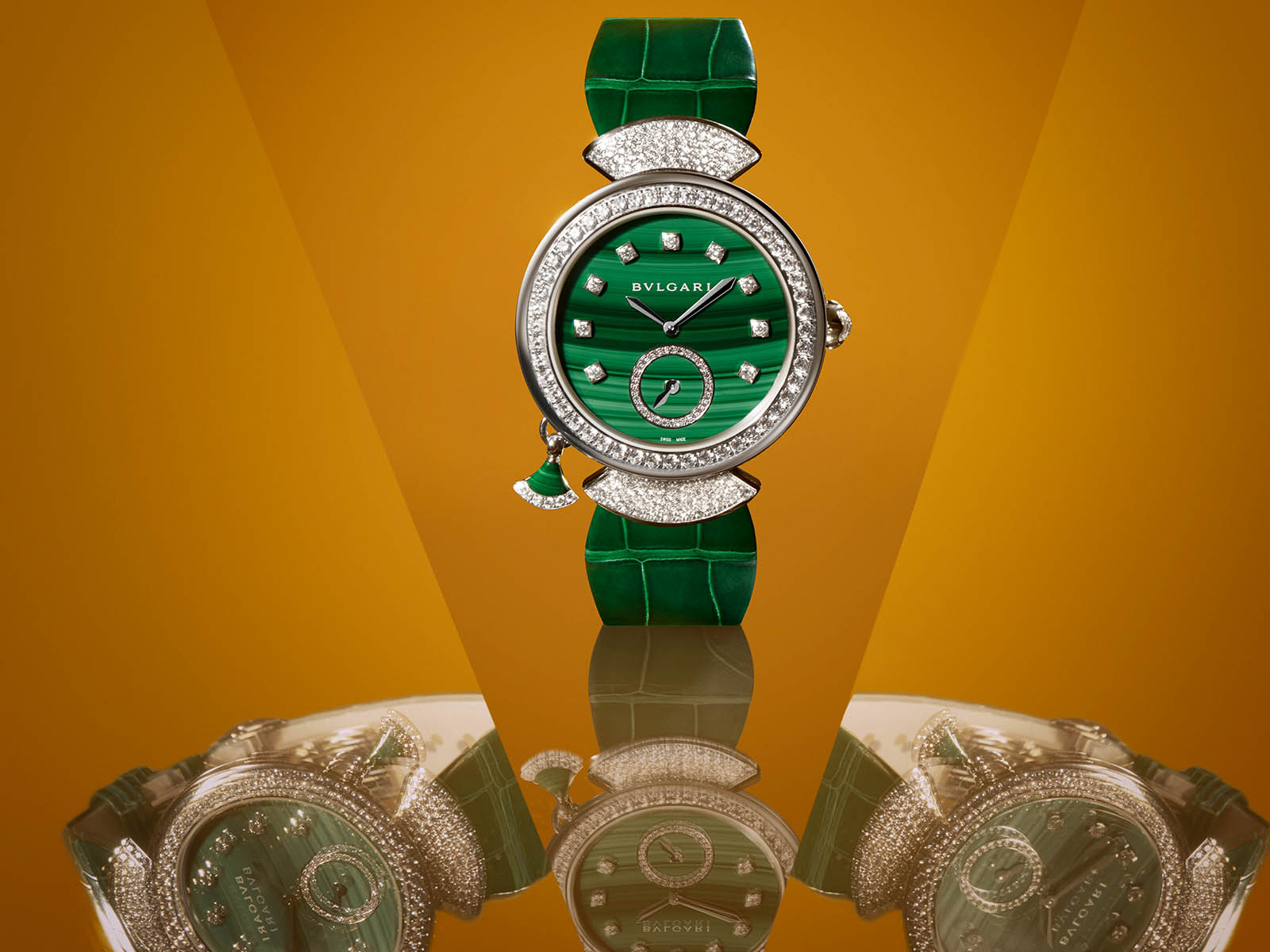 103282-bulgari-divas-dream-finissima-minute-repeater-malachite-2.jpg