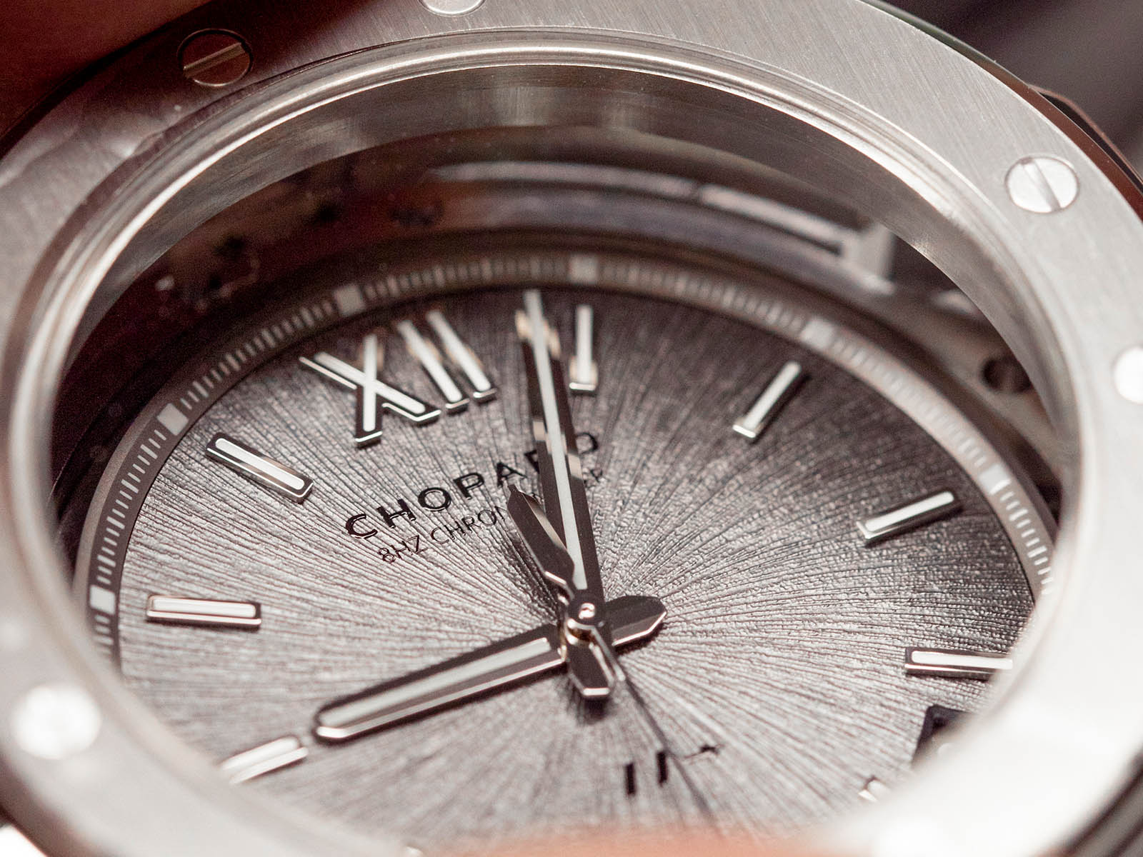 298600-3005-chopard-alpine-eagle-cadence-8hf-titanium-4.jpg