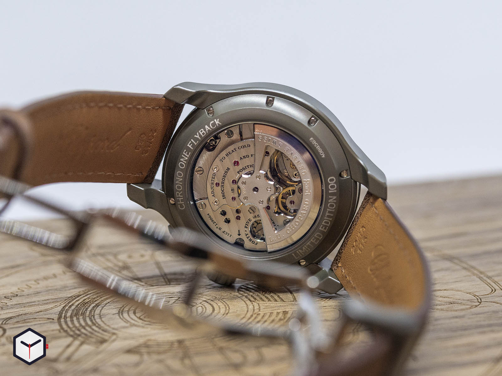 168596-3002-chopard-l-u-c-chrono-one-flyback-4.jpg