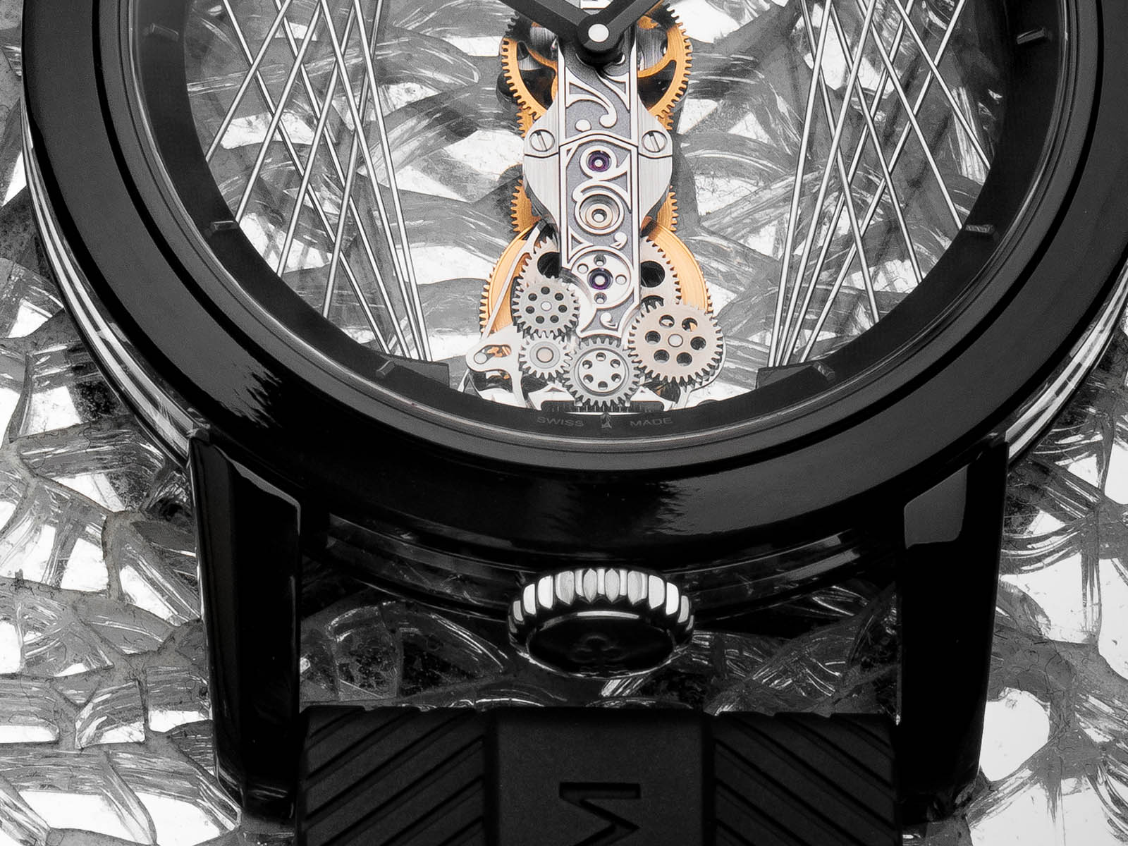 b113-03952-corum-golden-bridge-round-43-art-deco-3.jpg