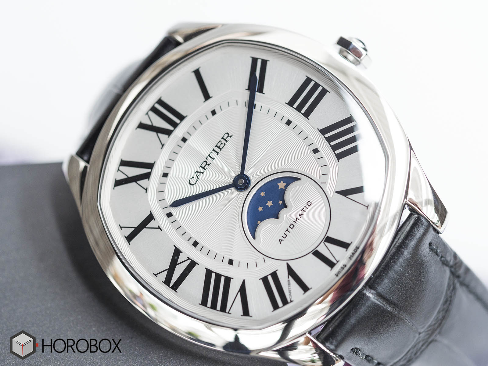 drive-de-cartier-moon-phases-watch-wsnm0008-3.jpg