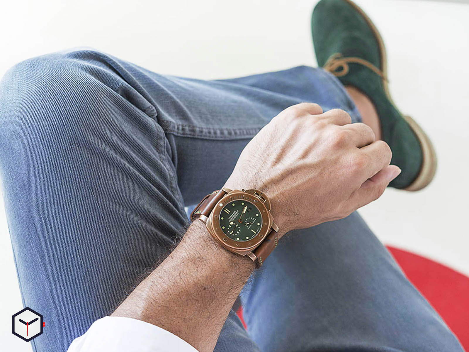 pam00507-panerai-luminor-submersible-1950-green-dial.jpg