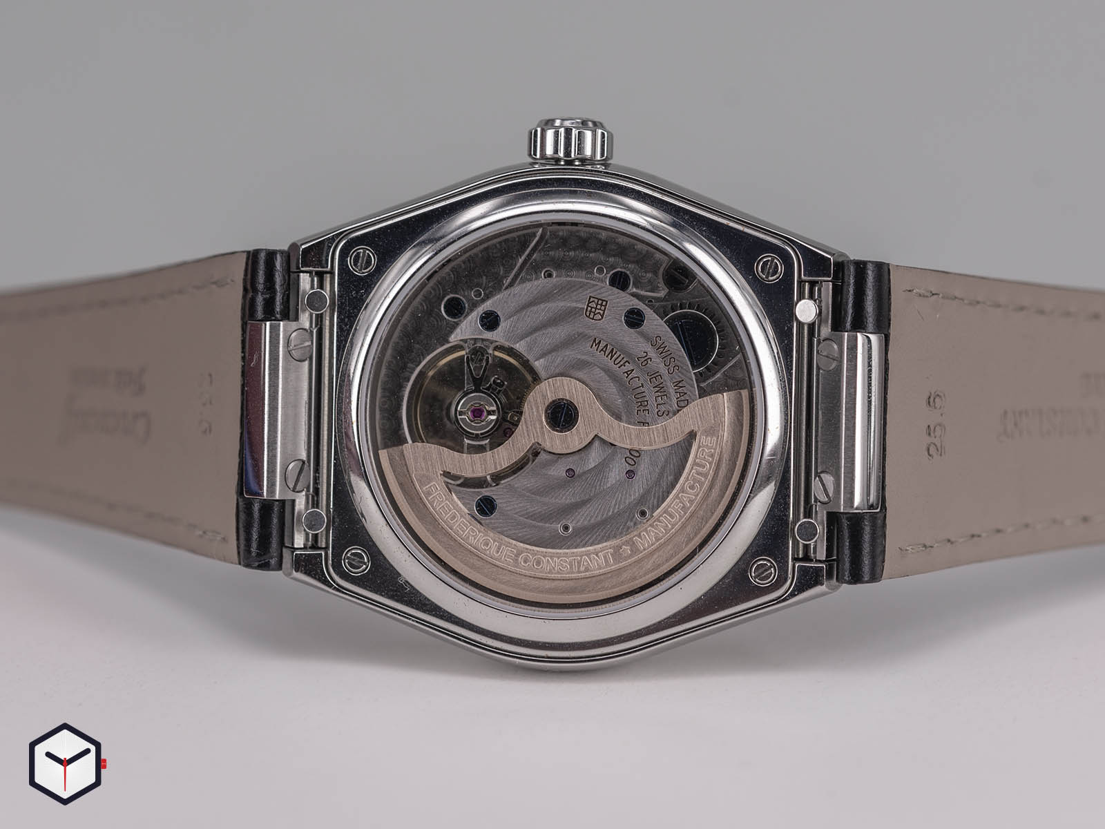 fc-775s4nh6-frederique-constant-highlife-perpetual-calendar-manufacture-6.jpg