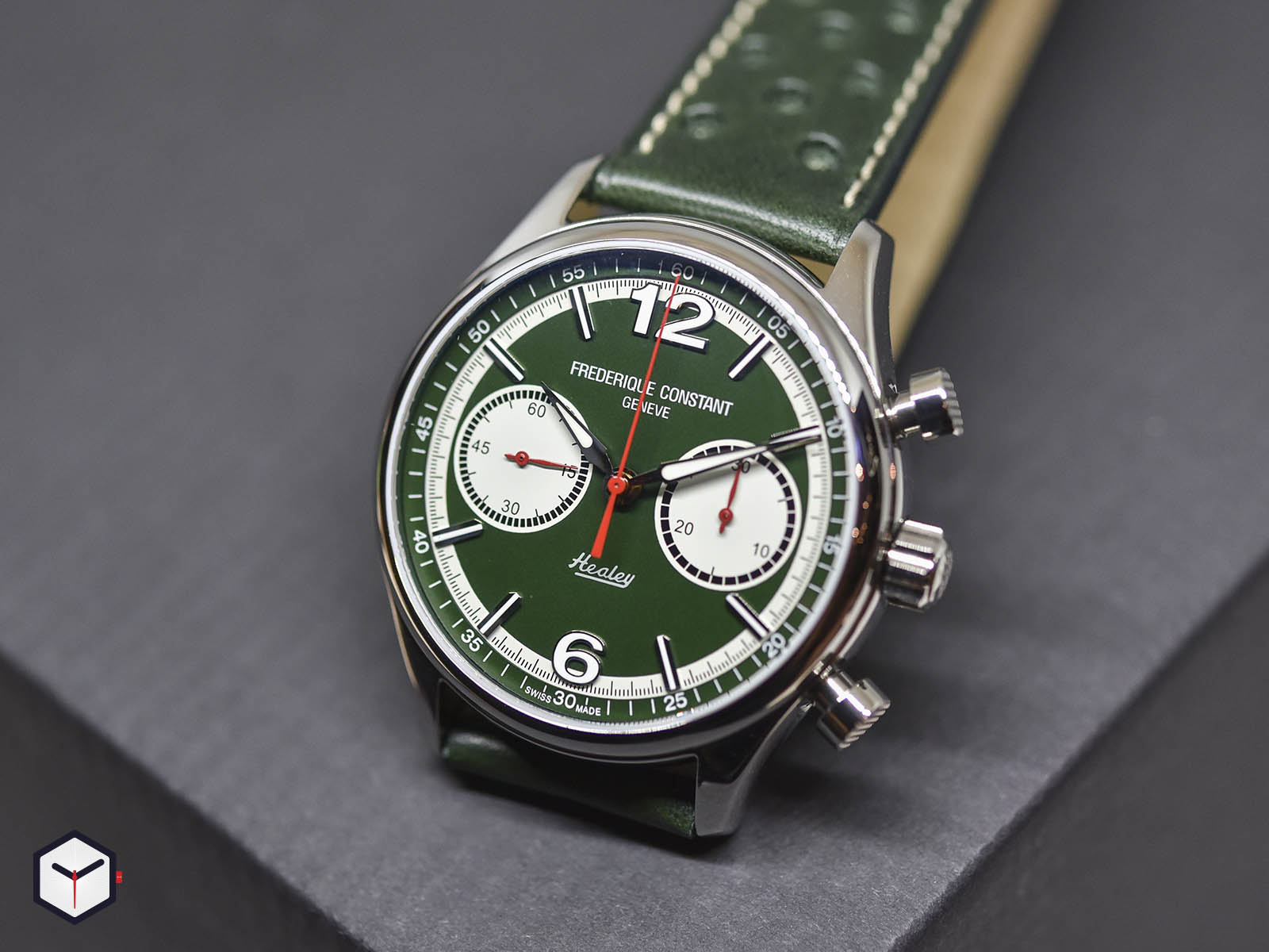 fc-397hgr5b6-frederique-constant-vintage-rally-healey-chronograph-1.jpg