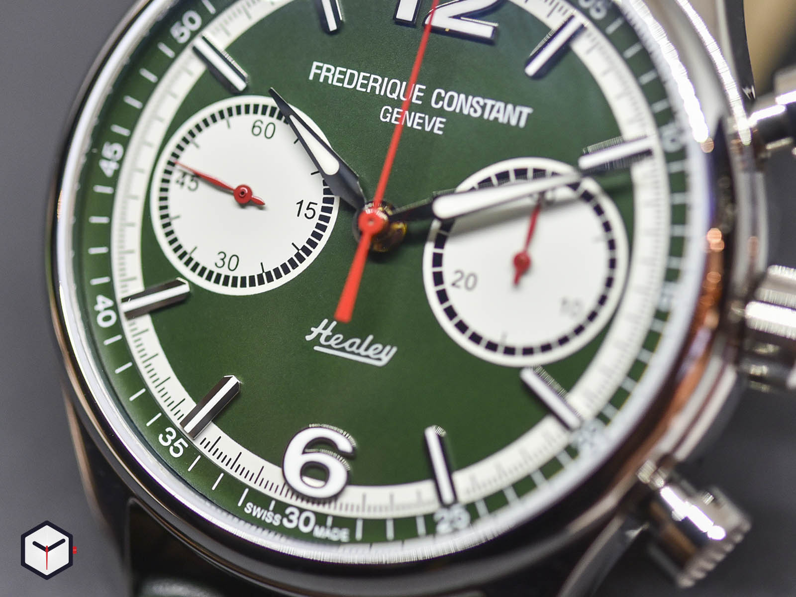 fc-397hgr5b6-frederique-constant-vintage-rally-healey-chronograph-2.jpg