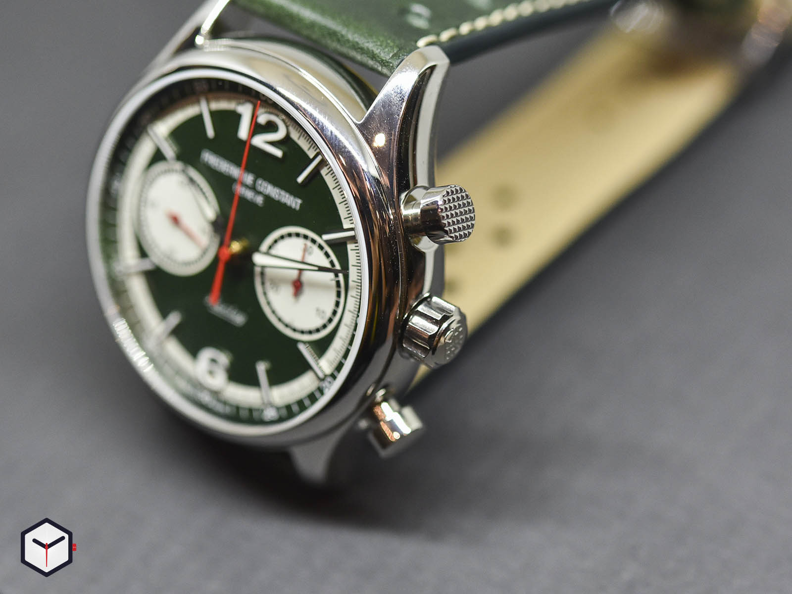 fc-397hgr5b6-frederique-constant-vintage-rally-healey-chronograph-3.jpg