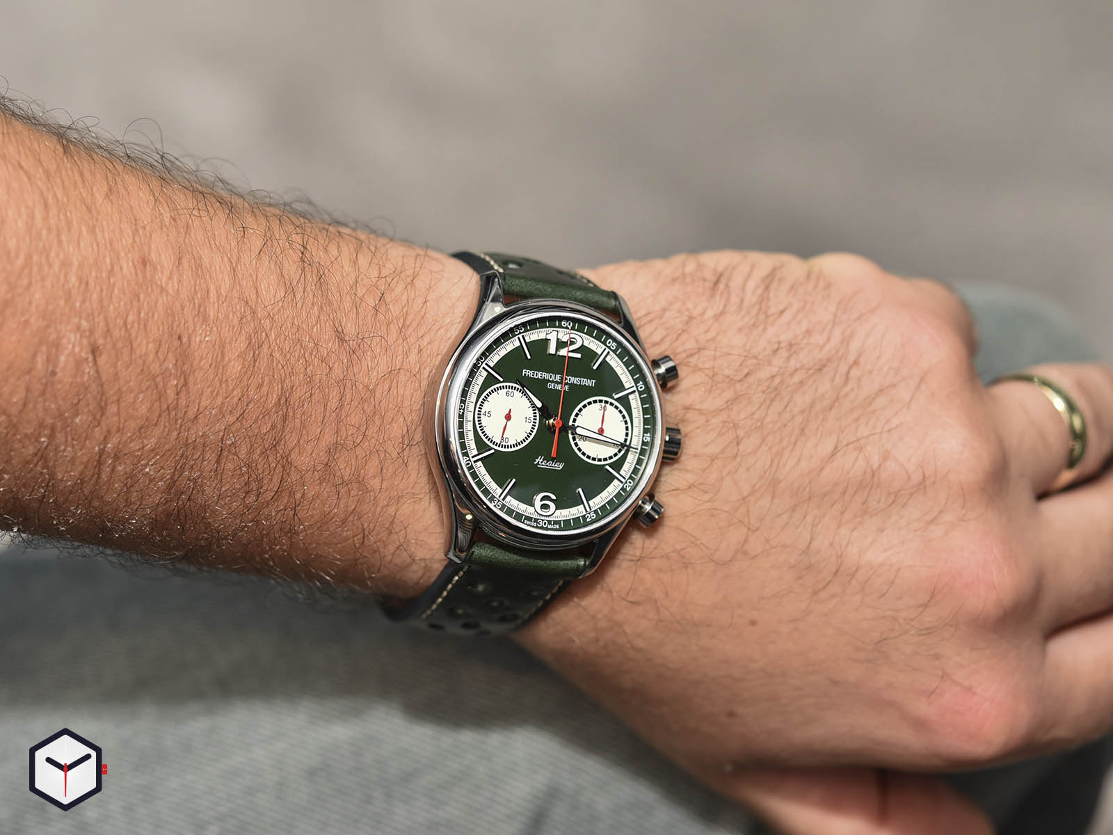 fc-397hgr5b6-frederique-constant-vintage-rally-healey-chronograph-6.jpg
