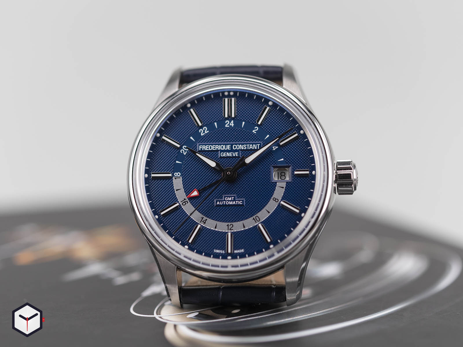 fc-350nt4h6-frederique-constant-yacht-timer-gmt-2.jpg