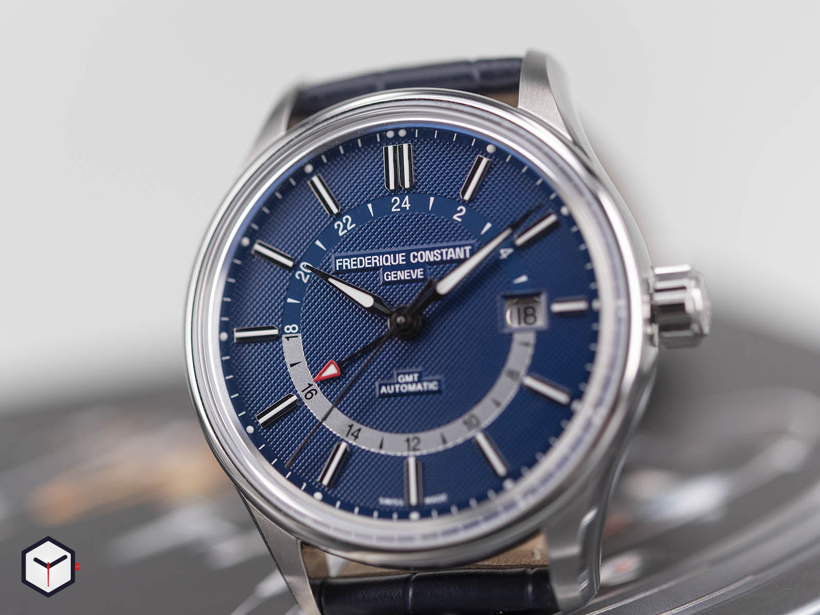 fc-350nt4h6-frederique-constant-yacht-timer-gmt-4.jpg