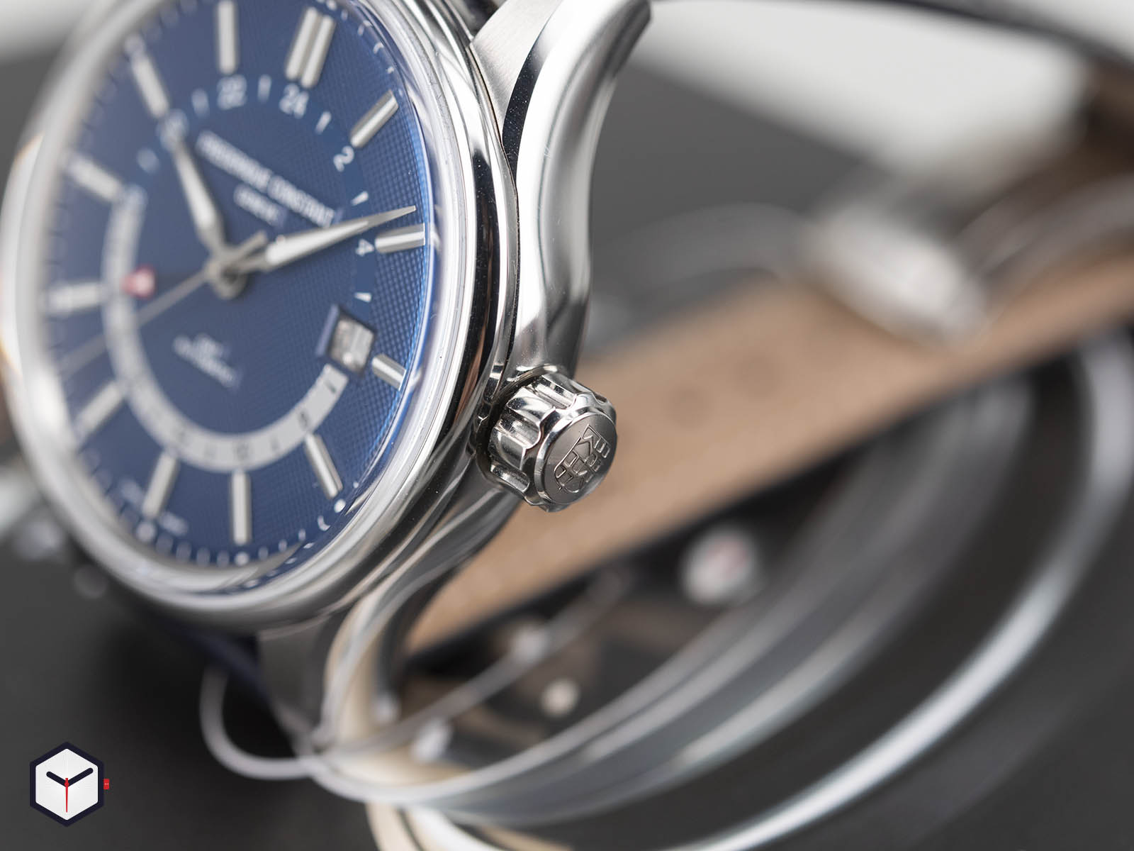 fc-350nt4h6-frederique-constant-yacht-timer-gmt-5.jpg