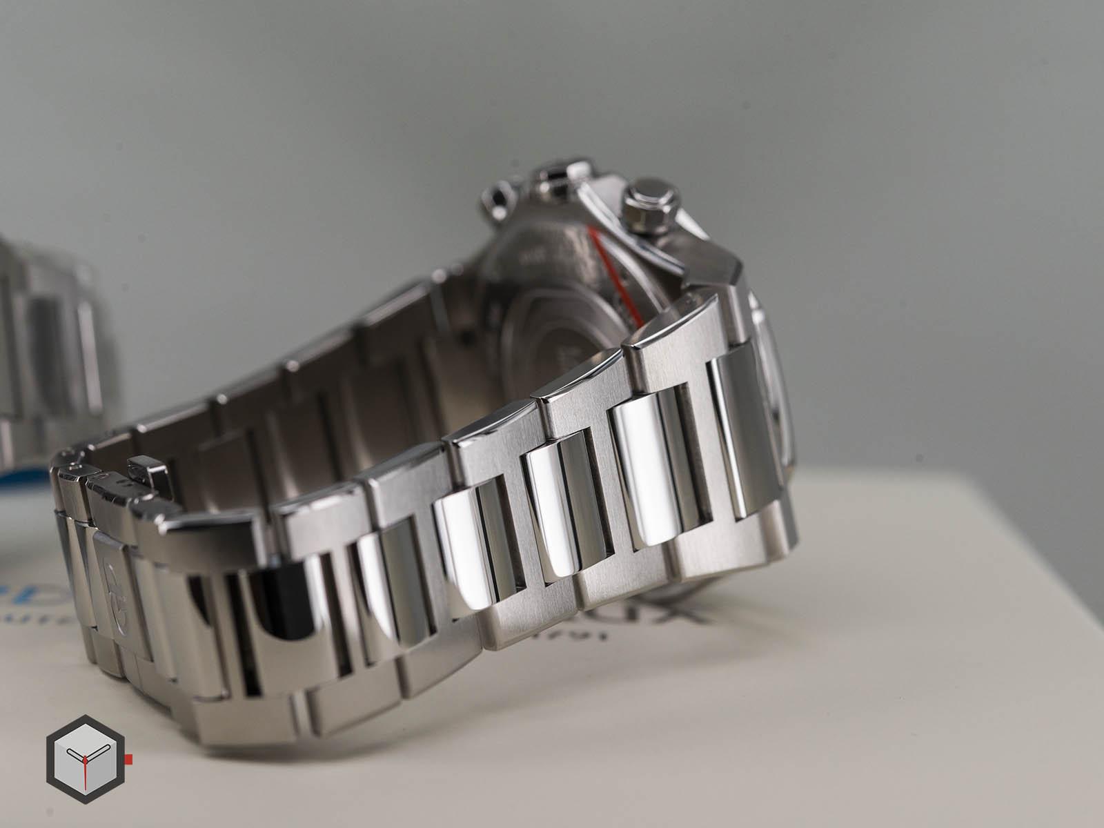 girard-perregaux-laureato-chronograph-42-mm-11.jpg
