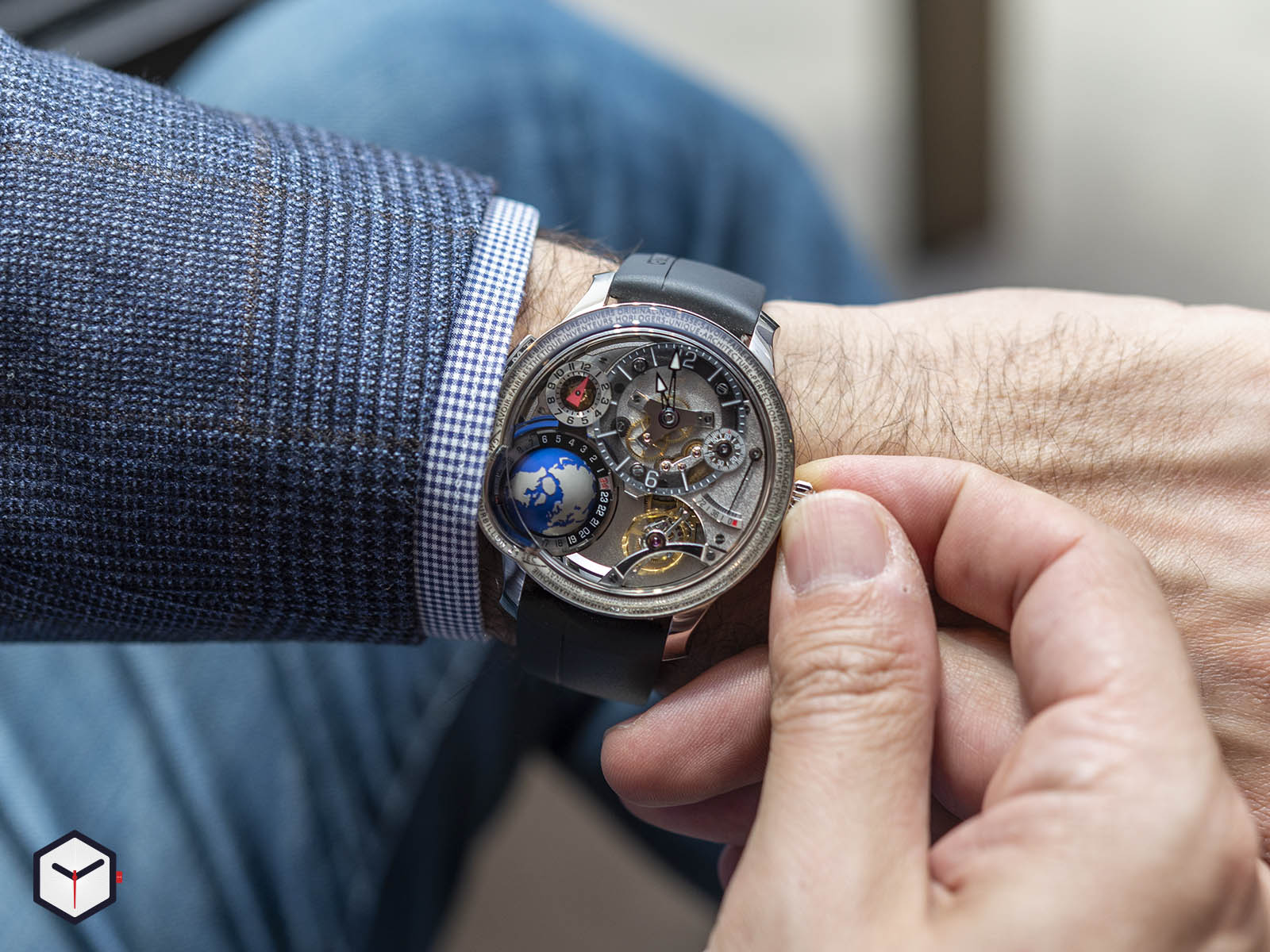 greubel-forsey-gmt-earth-10.jpg