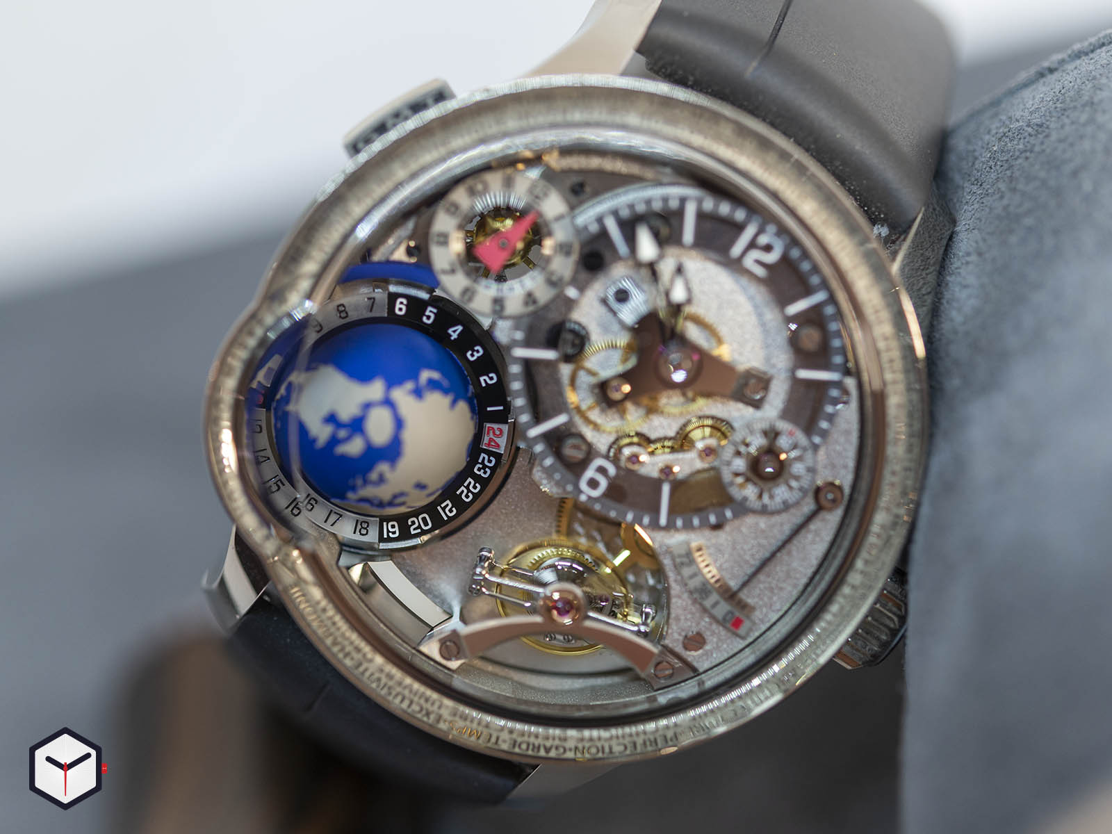 greubel-forsey-gmt-earth-3.jpg