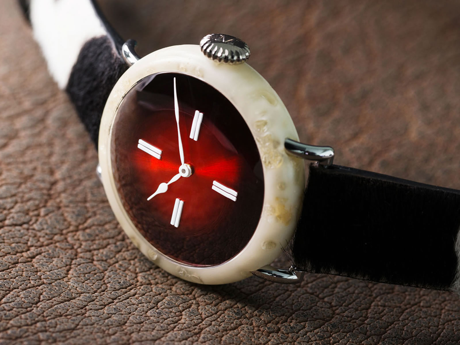 h-moser-cie-the-swiss-mad-watch-.jpg