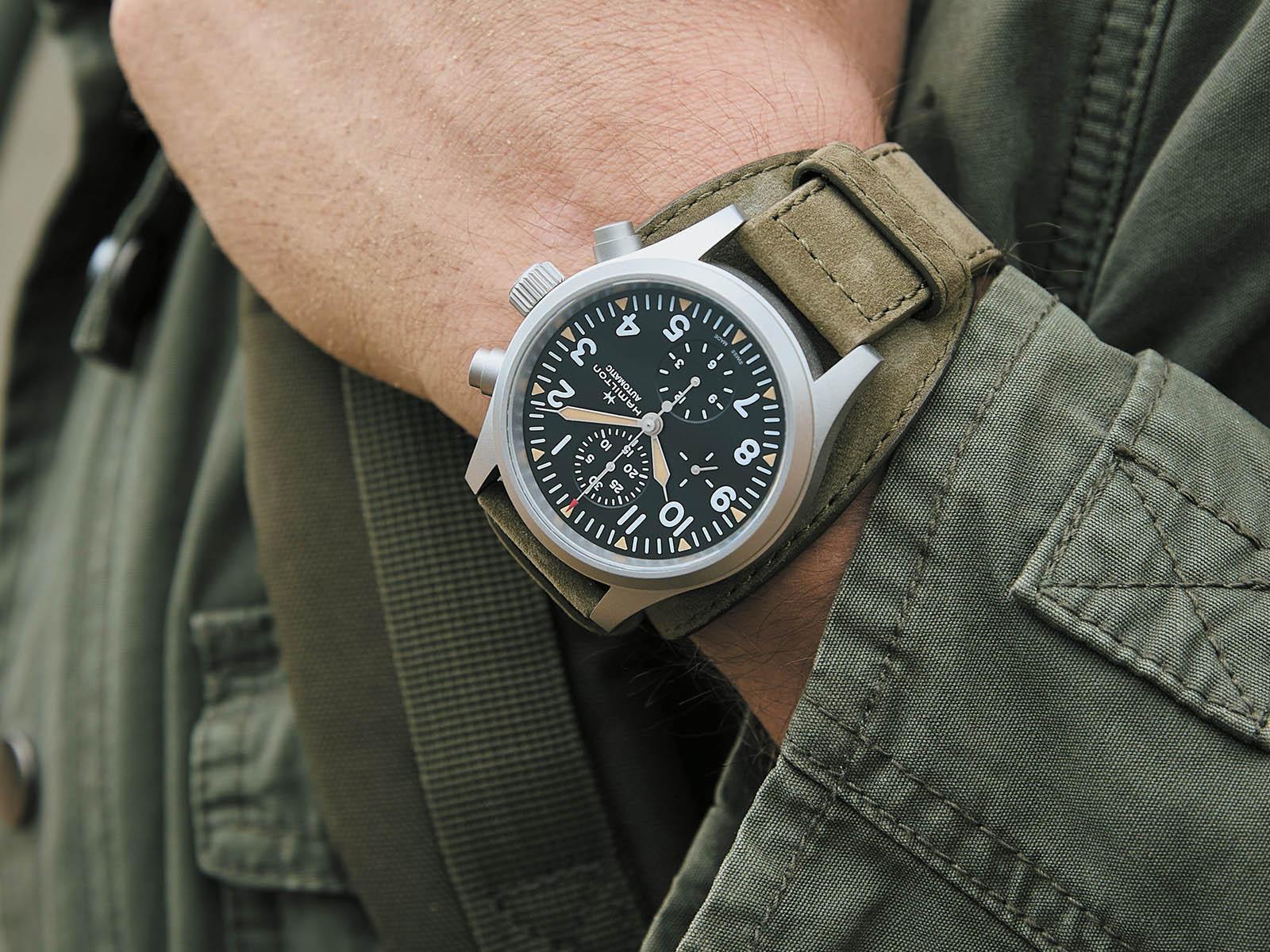 h71706830-hamilton-khaki-field-automatic-chronograph-2.jpg