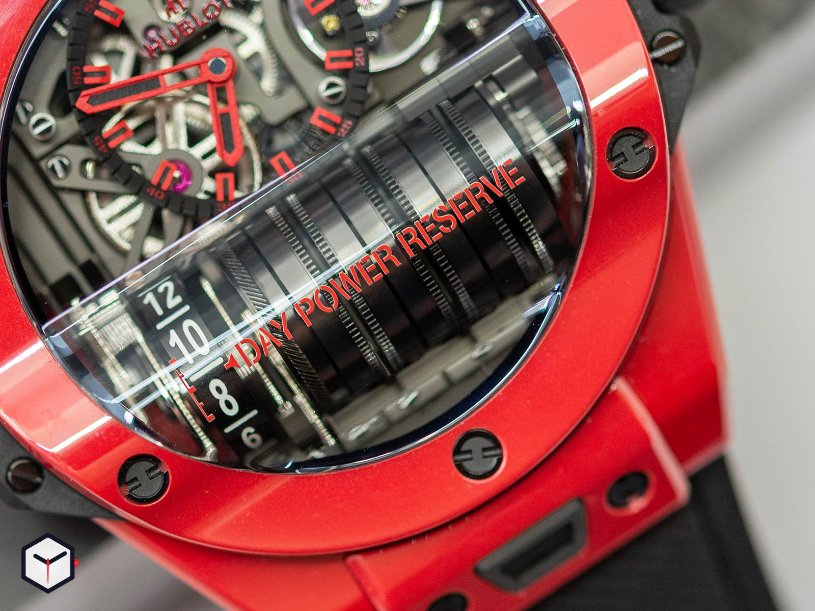 911-cf-0113-rx-hublot-big-bang-mp-11-red-magic-3.jpg