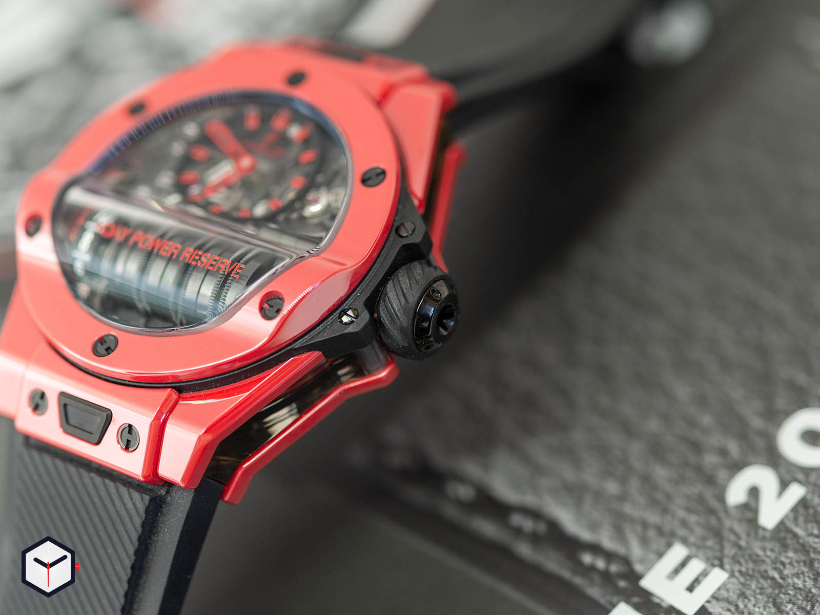 911-cf-0113-rx-hublot-big-bang-mp-11-red-magic-4.jpg