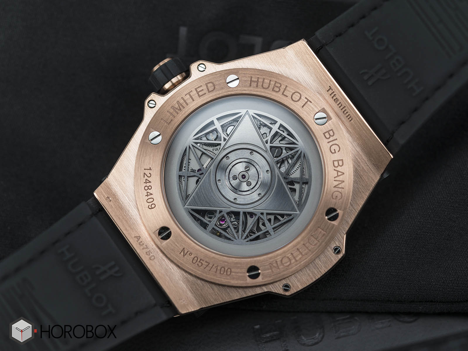 Hublot-Big-Bang-Sang-Bleu-18K-King-Gold-8.jpg