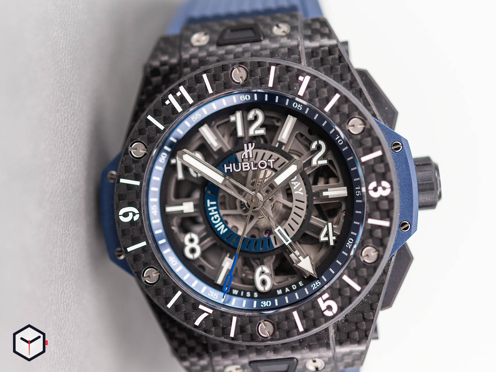 471-qx-7127-rx-hublot-big-bang-unico-gmt-carbon-2.jpg