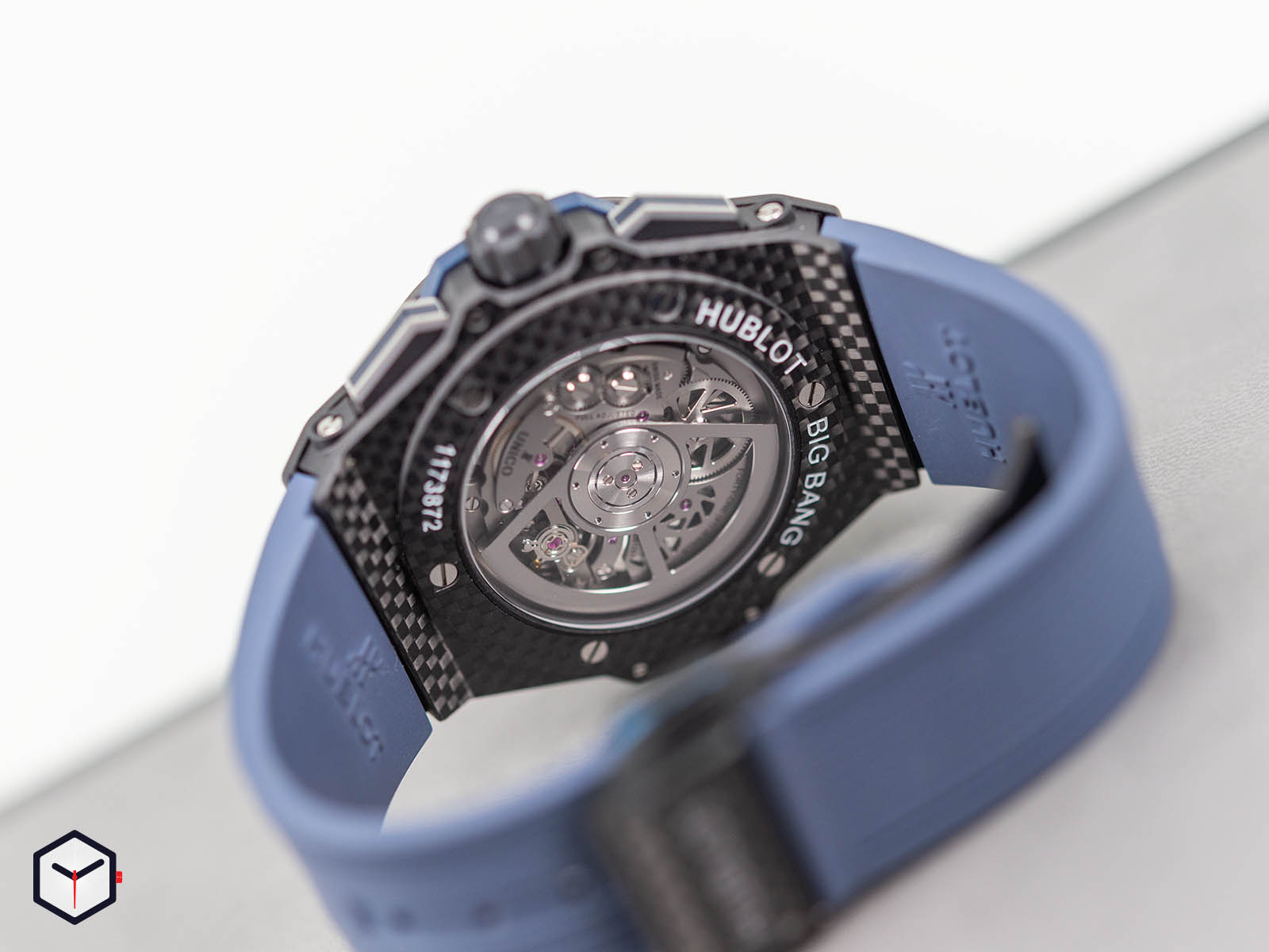 471-qx-7127-rx-hublot-big-bang-unico-gmt-carbon-6.jpg