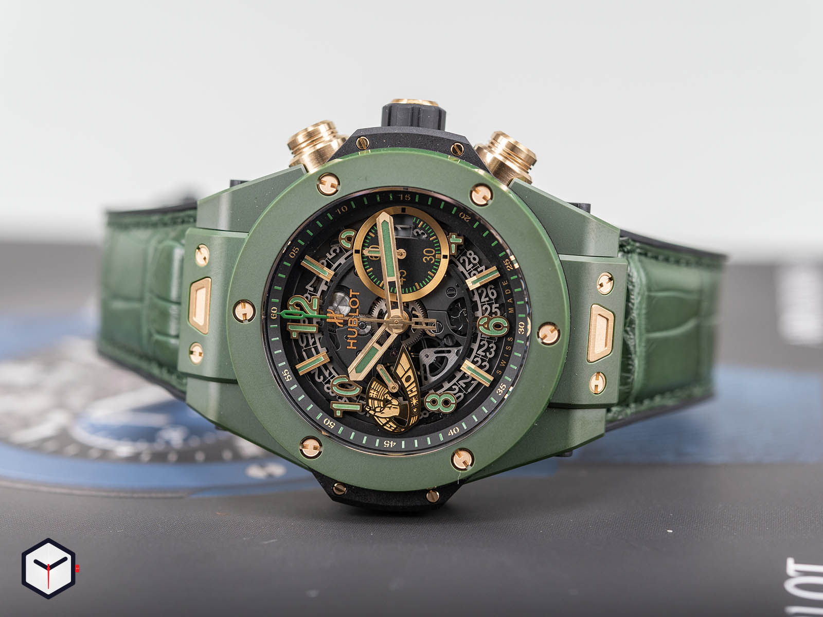 411-gx-1189-lr-wbc19-hublot-big-bang-unico-wbc-1.jpg