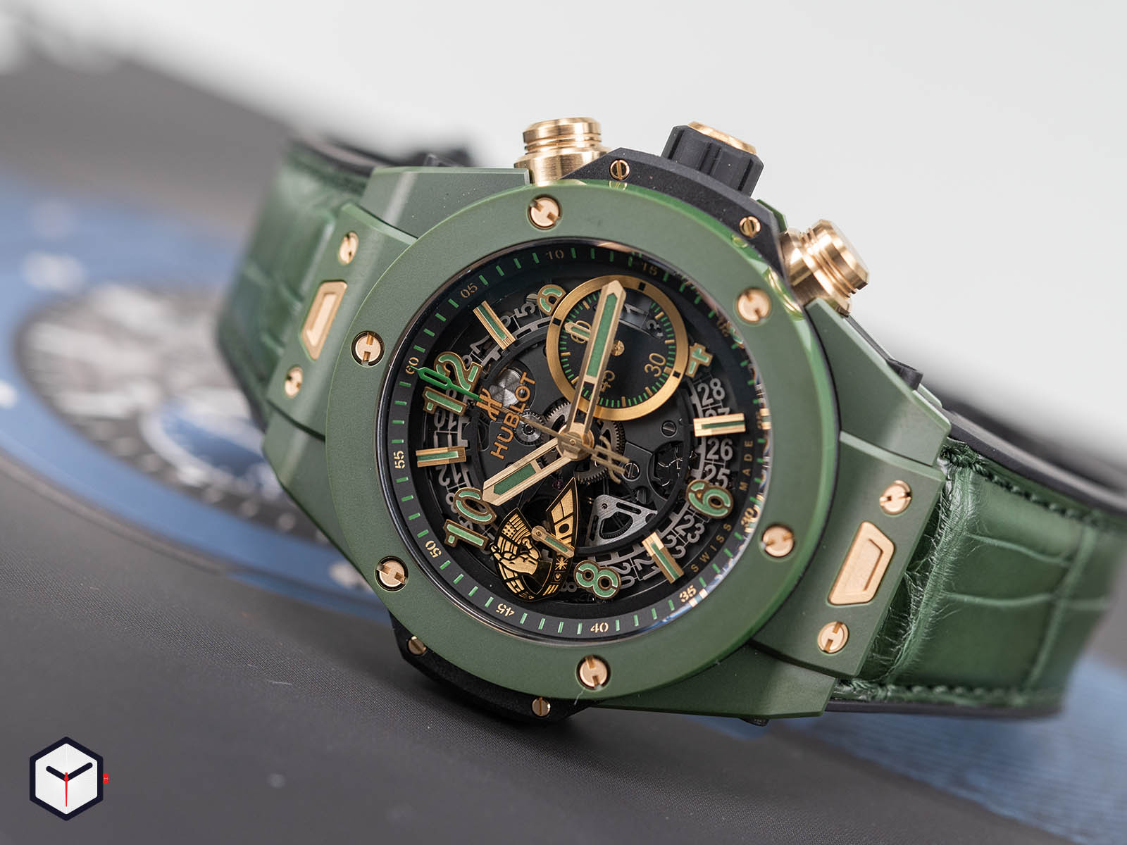 411-gx-1189-lr-wbc19-hublot-big-bang-unico-wbc-2.jpg