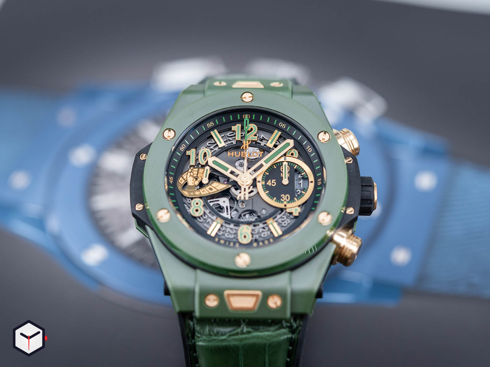 411-gx-1189-lr-wbc19-hublot-big-bang-unico-wbc-3.jpg