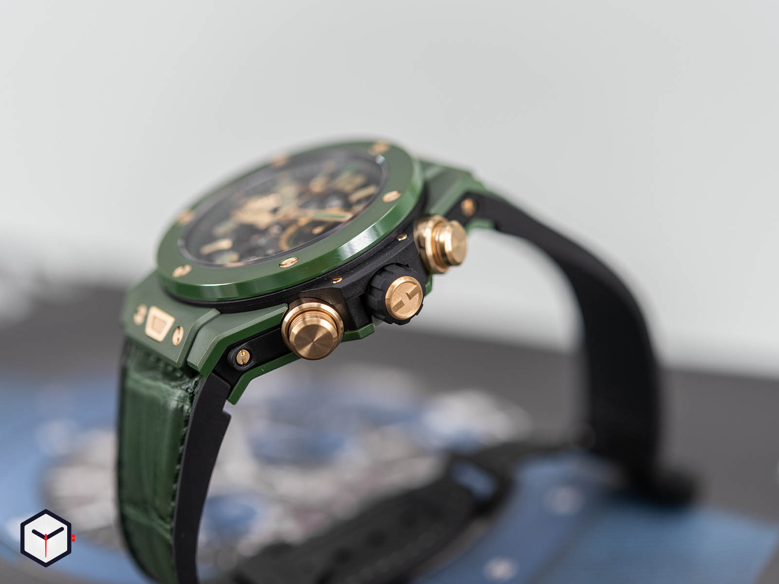 411-gx-1189-lr-wbc19-hublot-big-bang-unico-wbc-4.jpg