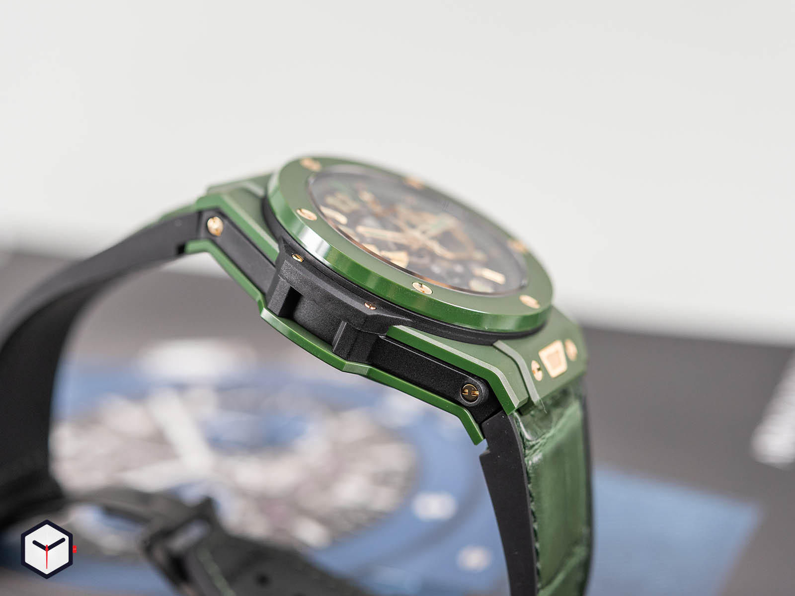 411-gx-1189-lr-wbc19-hublot-big-bang-unico-wbc-5.jpg