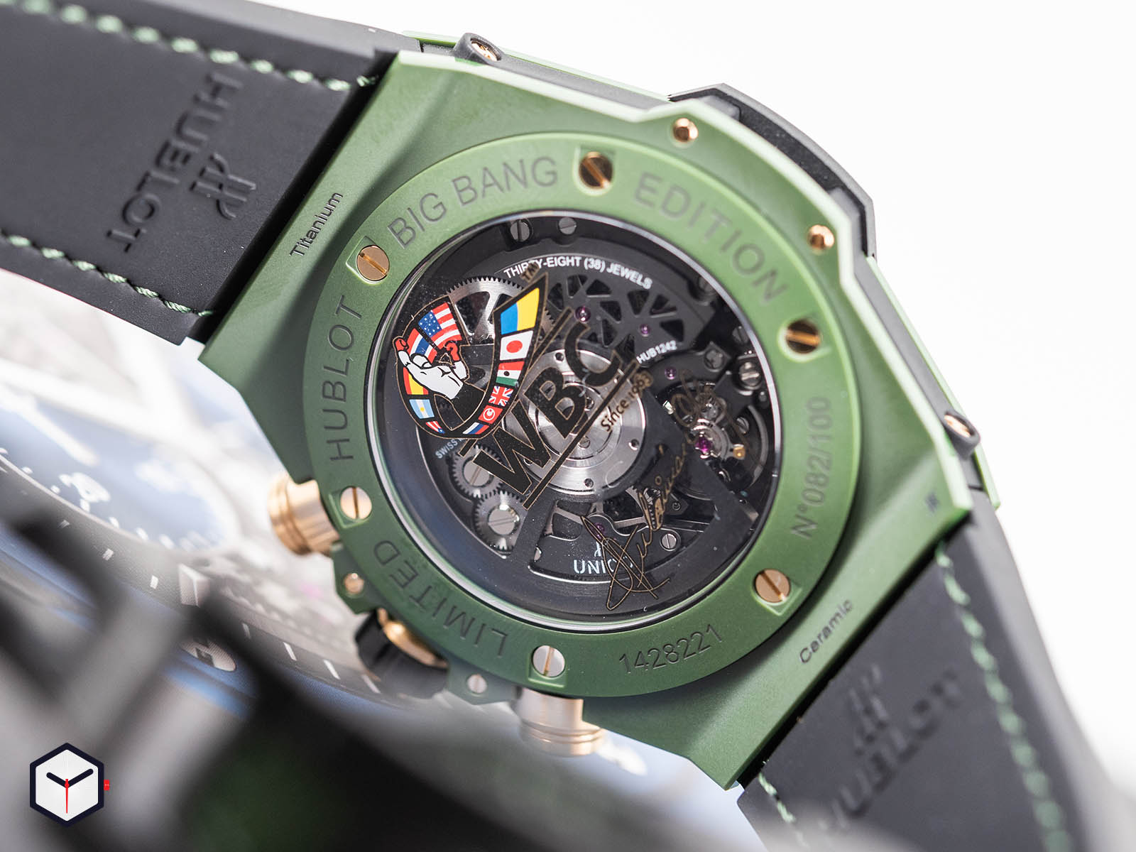 411-gx-1189-lr-wbc19-hublot-big-bang-unico-wbc-6.jpg