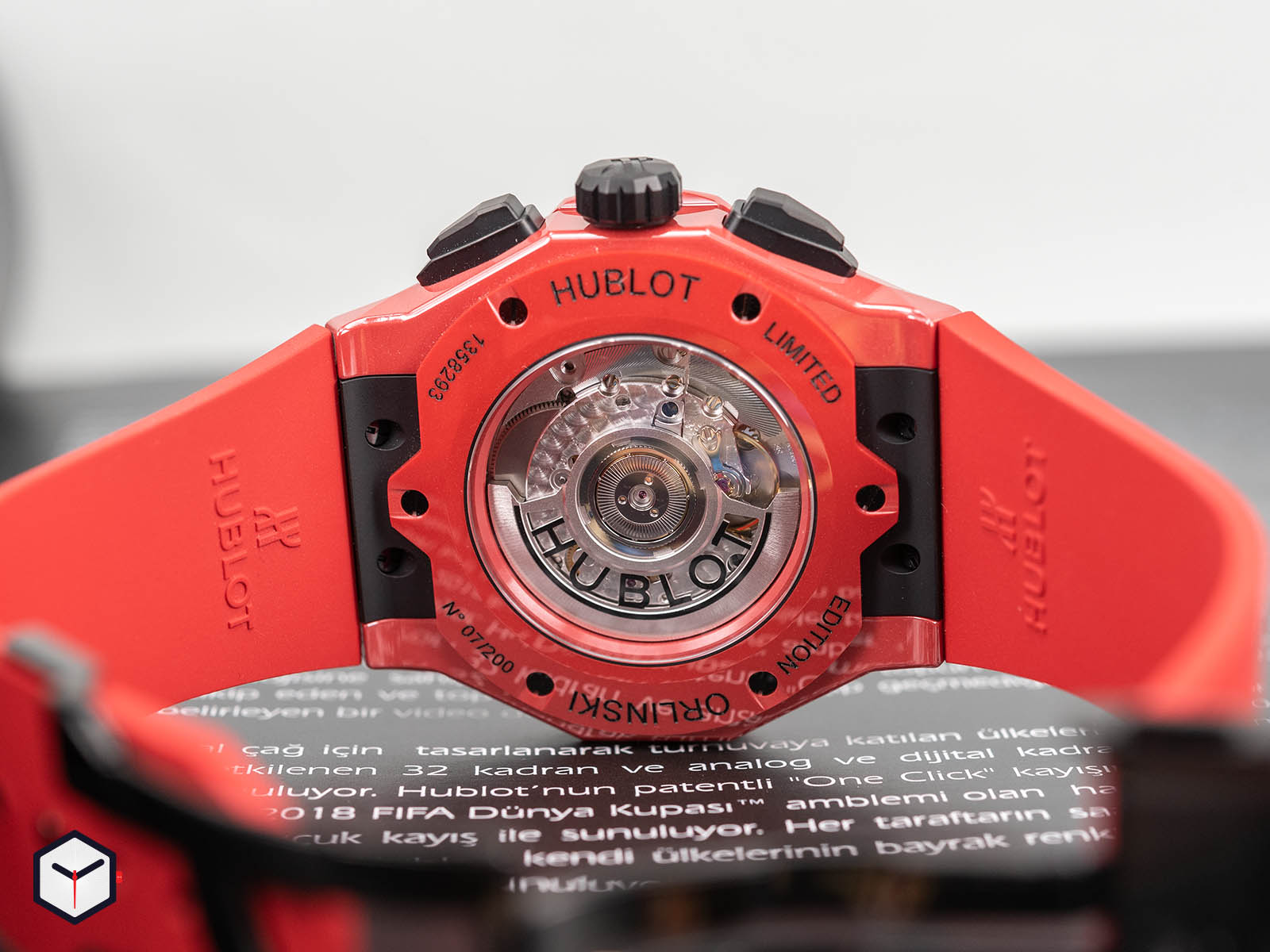 525-cf-0130-rx-orl19-hublot-classic-fusion-chronograph-orlinski-red-ceramic-6.jpg