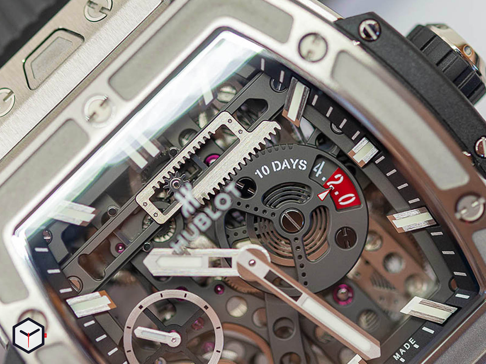 hublot-spirit-of-big-bang-meca-10-4.jpg