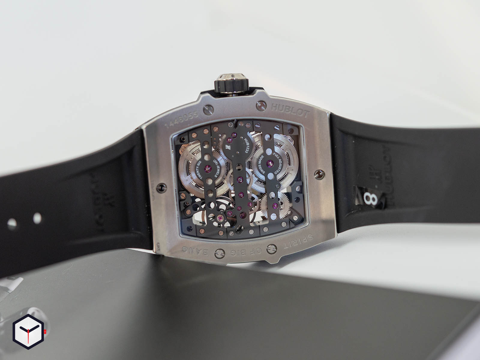 hublot-spirit-of-big-bang-meca-10-6.jpg