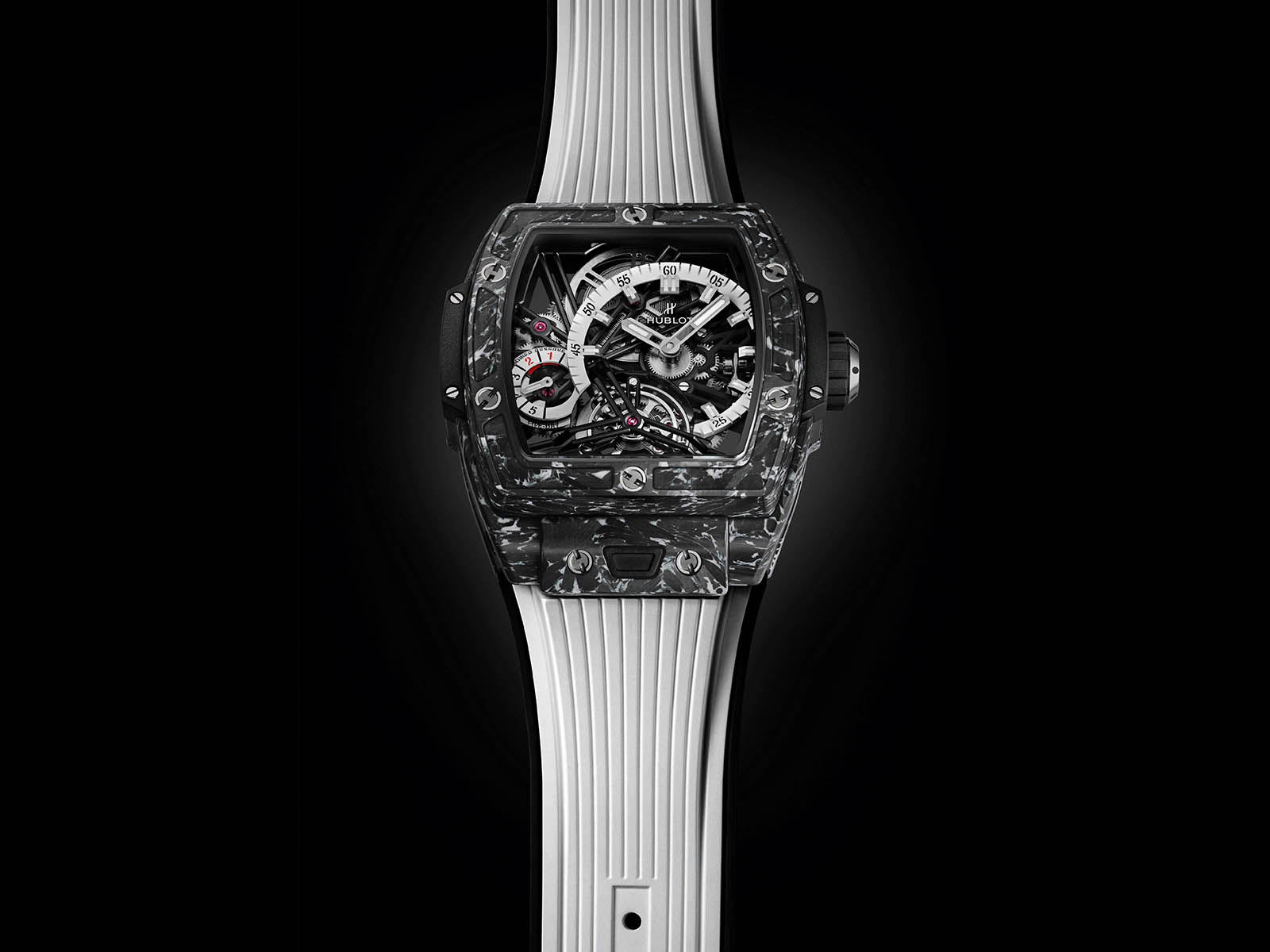 hublot-spirit-of-big-bang-tourbillon-5-day-power-reserve-carbon-white-6.jpg