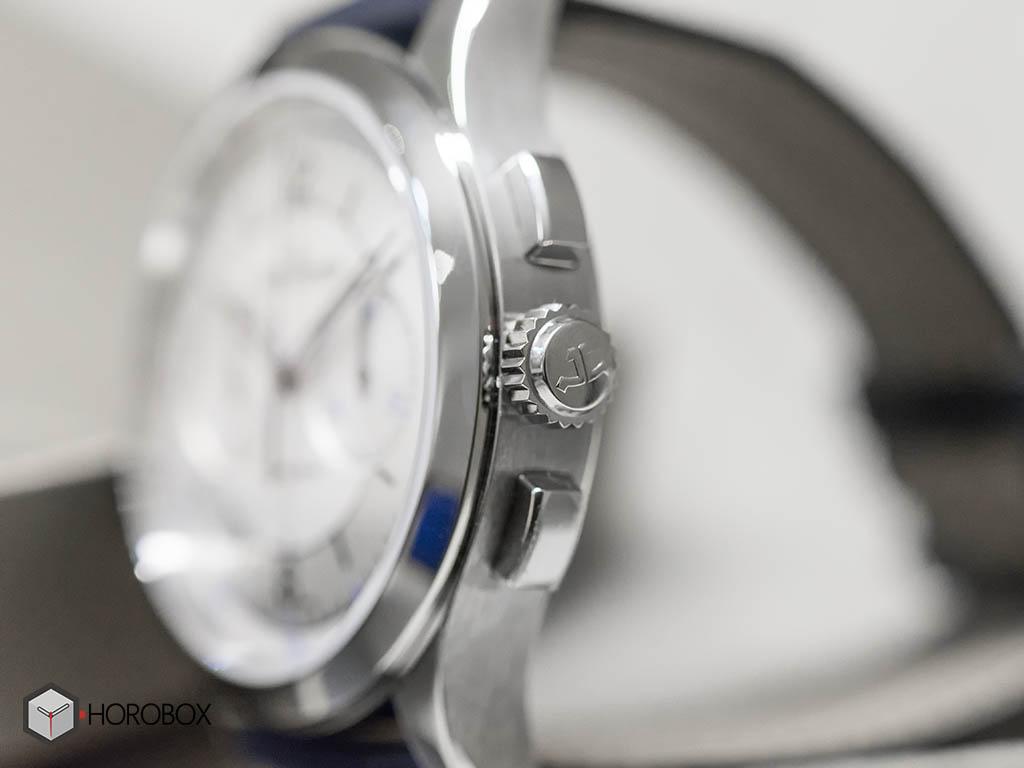 Jaeger-LeCoultre-Master-Chronograph-1538530-5.jpg
