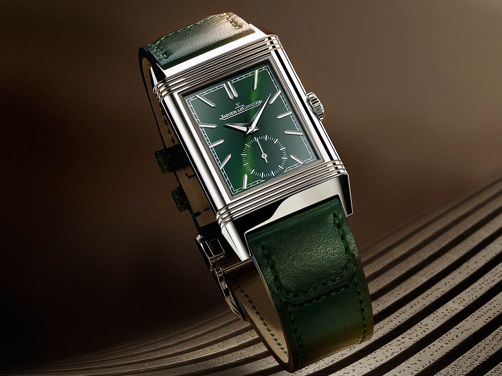 q3978430-jaeger-lecoultre-reverso-tribute-small-seconds-green-dial-2.jpg