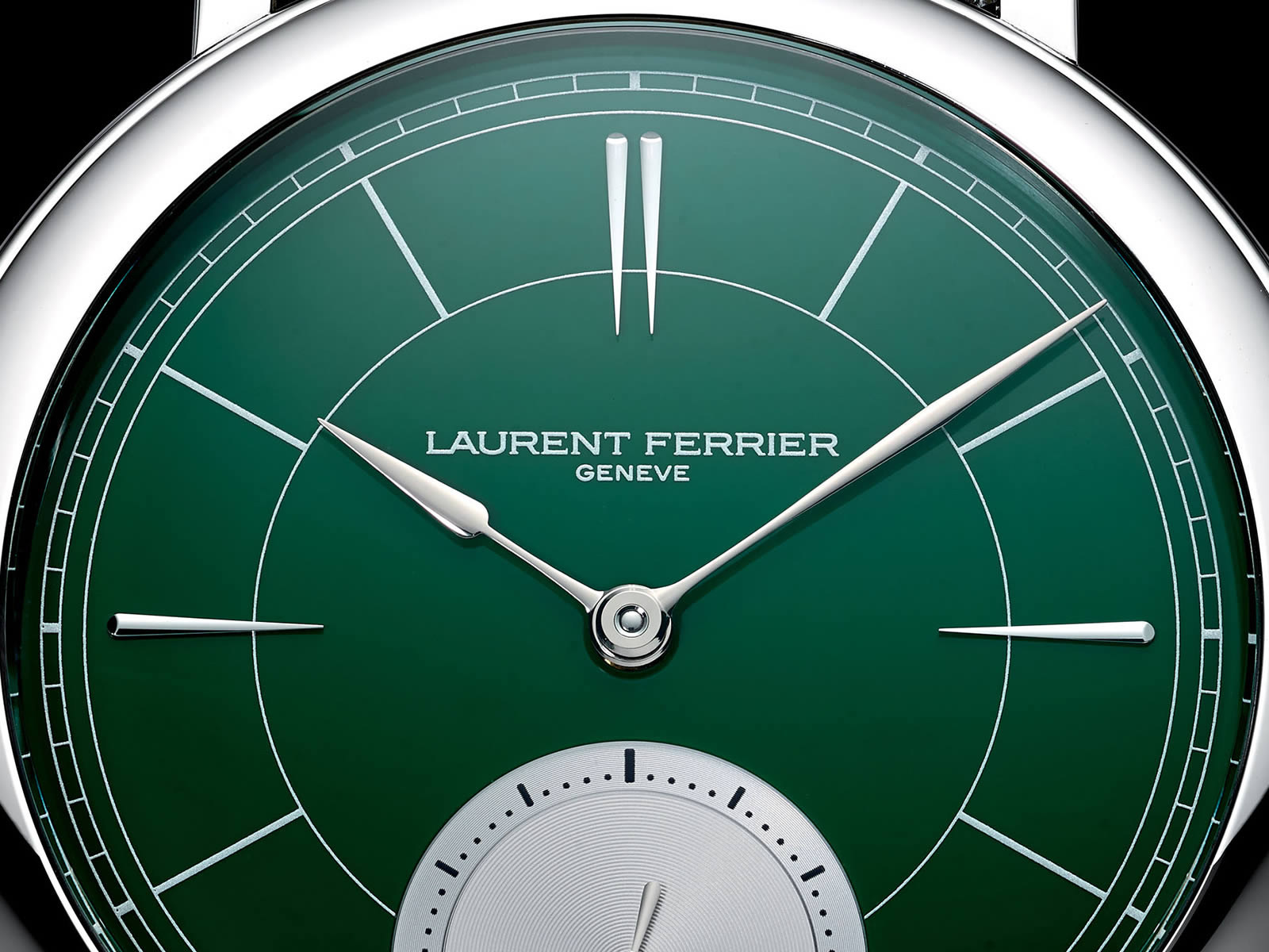 laurent-ferrier-galet-micro-rotor-montre-ecole-british-racing-green-3-.jpg