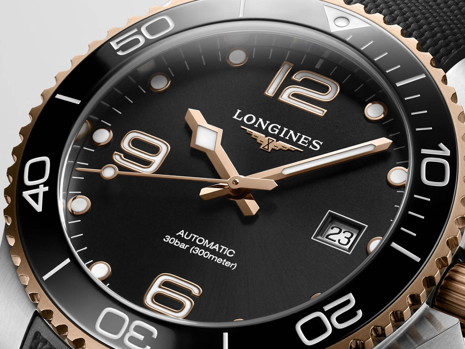 l3-781-3-58-9-longines-hydroconquest-41mm-two-tone-collection-3.jpg