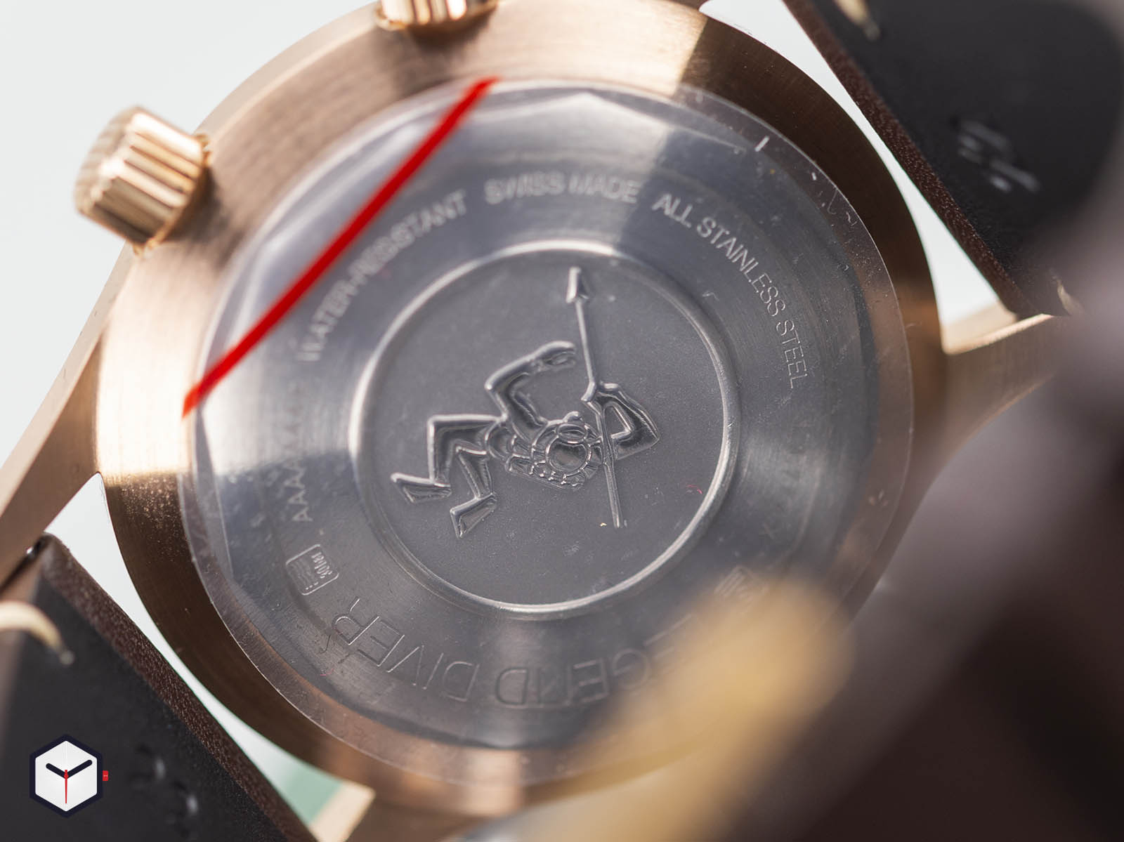 l3-774-1-50-2-longines-legend-diver-bronze-4.jpg