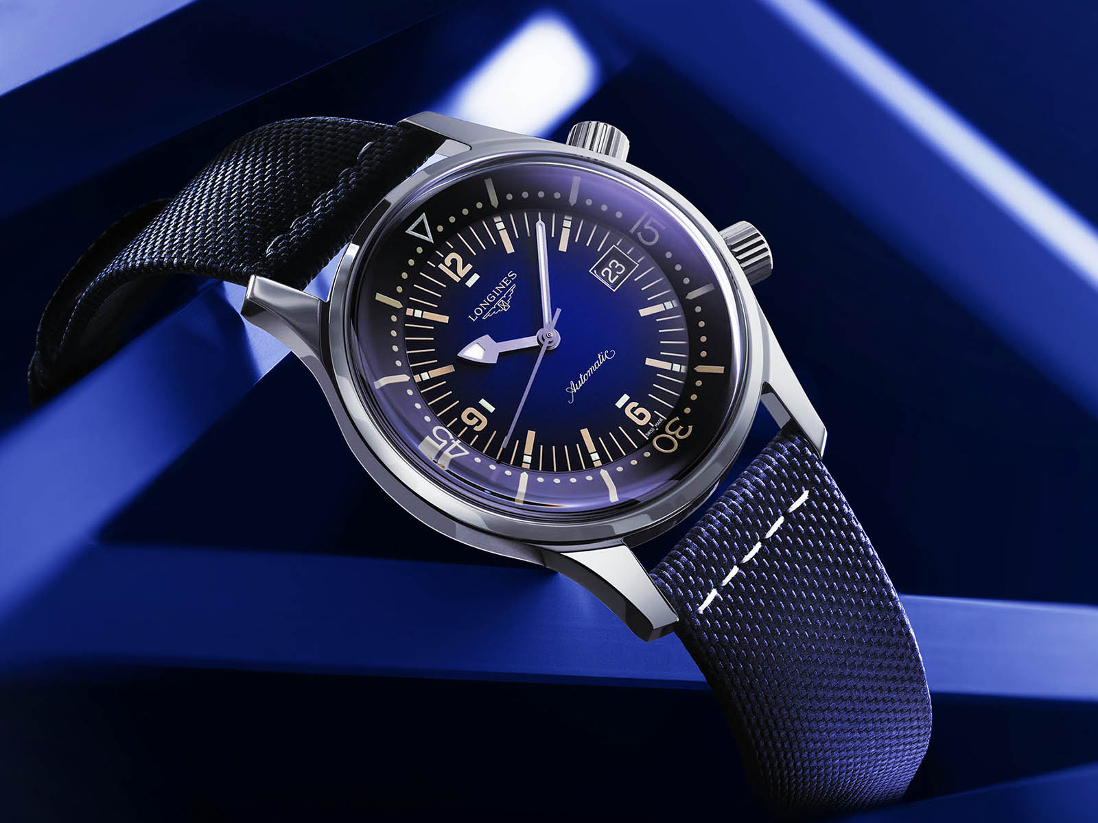 l3-774-4-90-2-longines-legend-diver-new-dial-colors-1.jpg