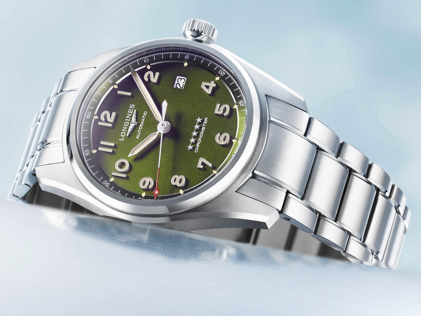 longines-spirit-time-and-date-green-2.jpg