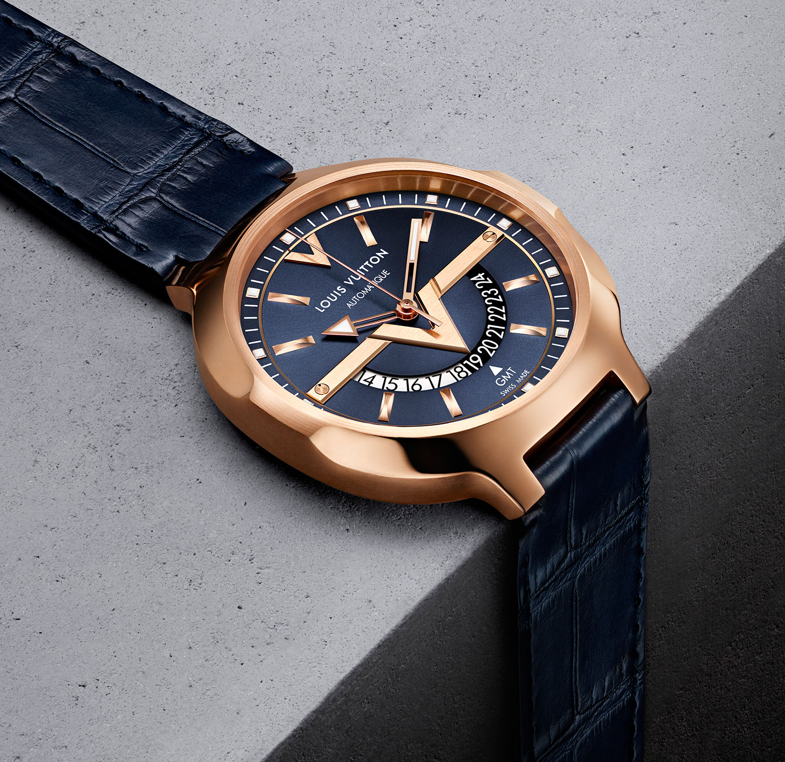 Louis-Vuitton-Voyager-GMT-1.jpg