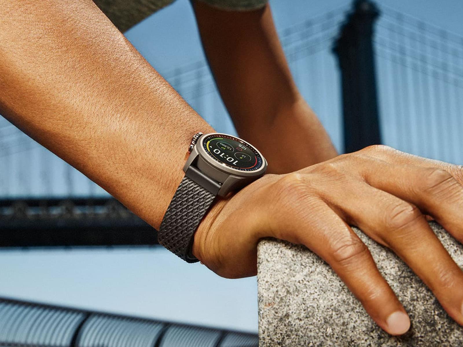 montblanc-summit-2-smartwatch-10-.jpg