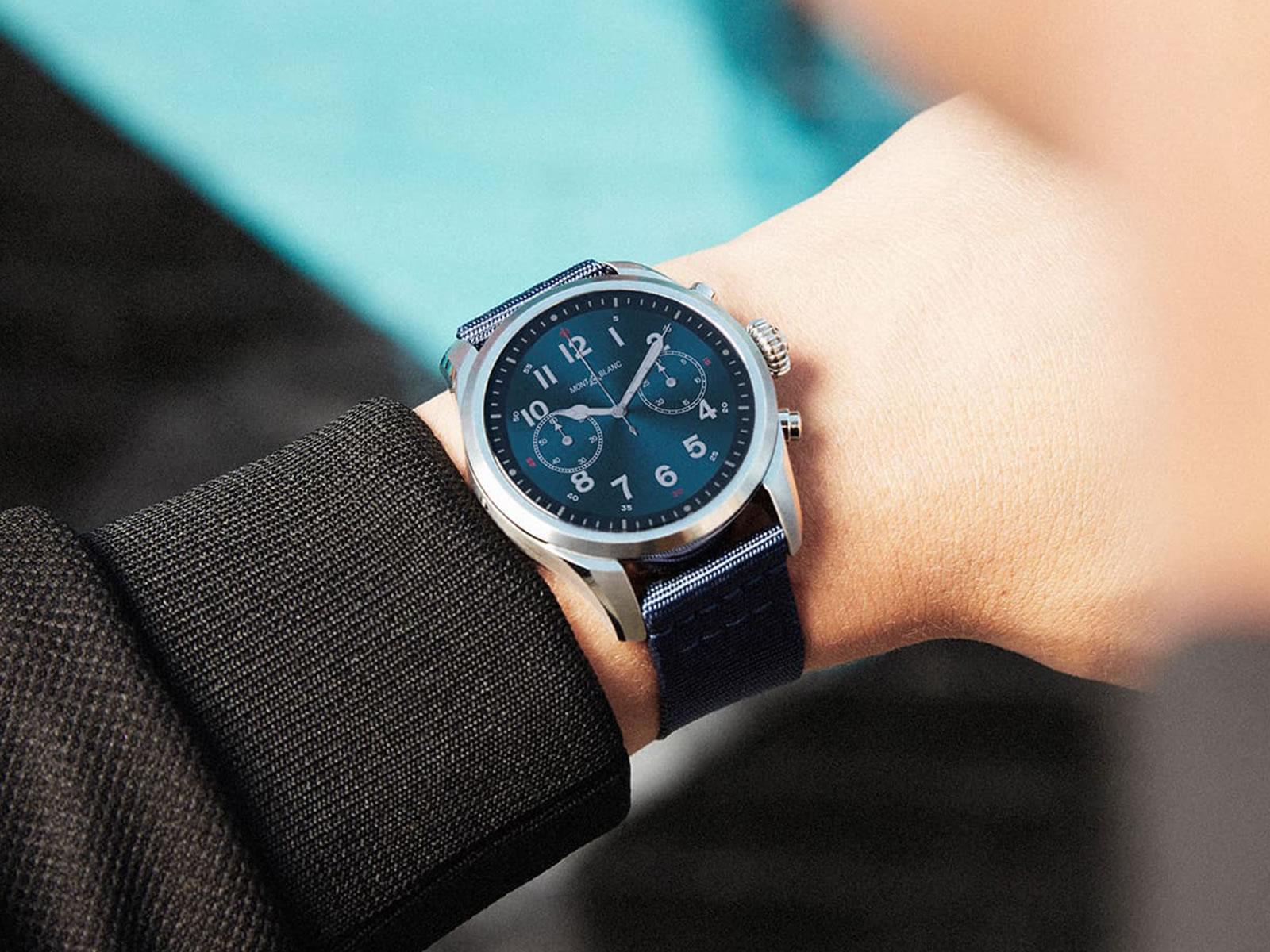 montblanc-summit-2-smartwatch-11-.jpg
