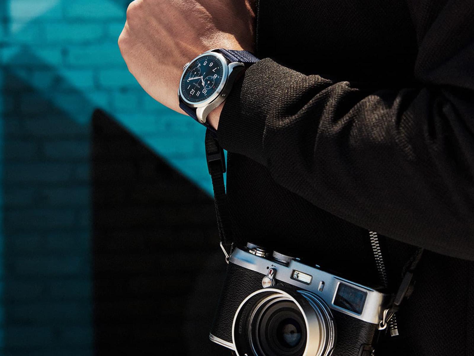 montblanc-summit-2-smartwatch-14-.jpg