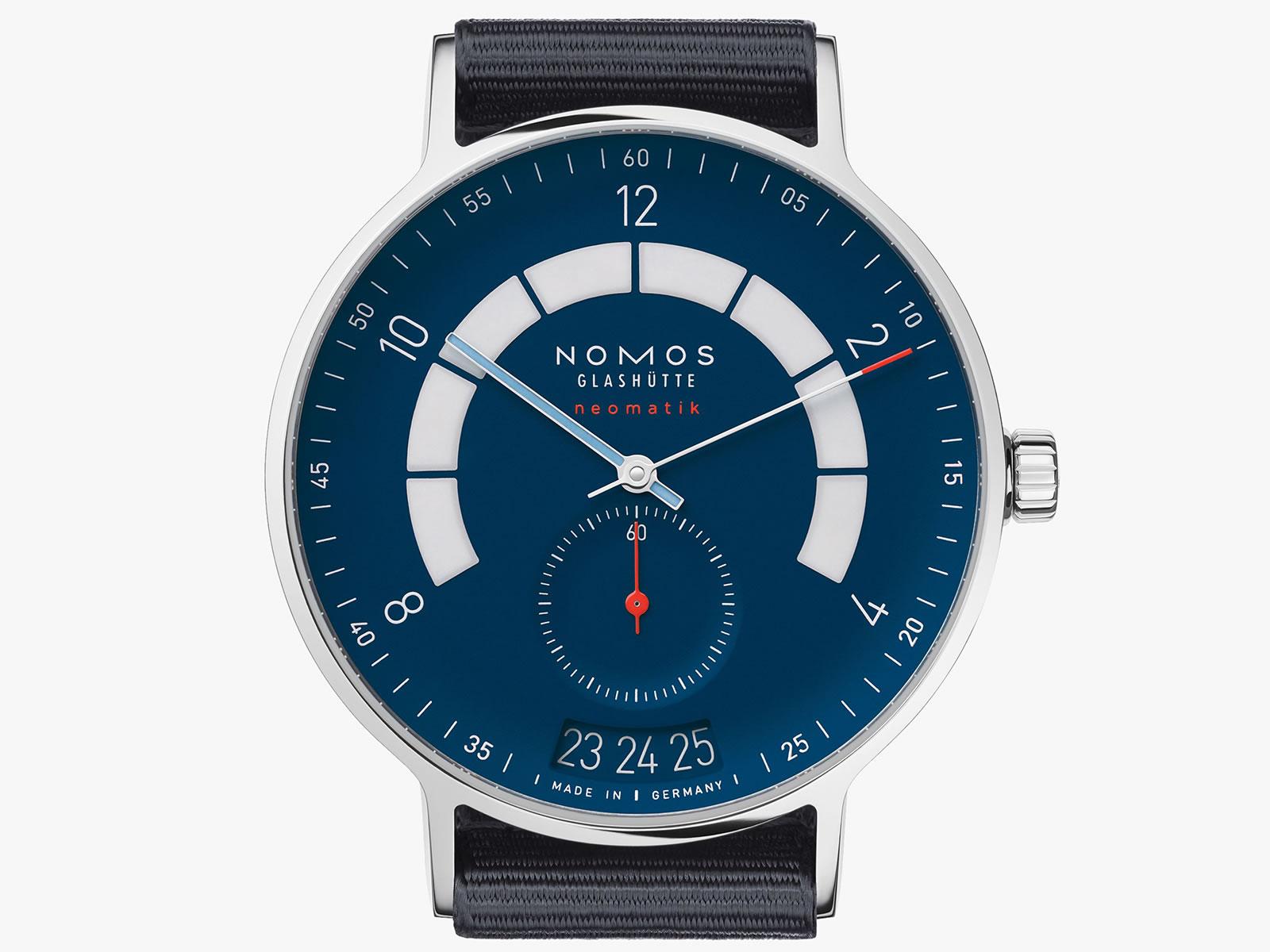 1302-nomos-glashutte-autobahn-neomatik-41-date-midnight-blue-.jpg