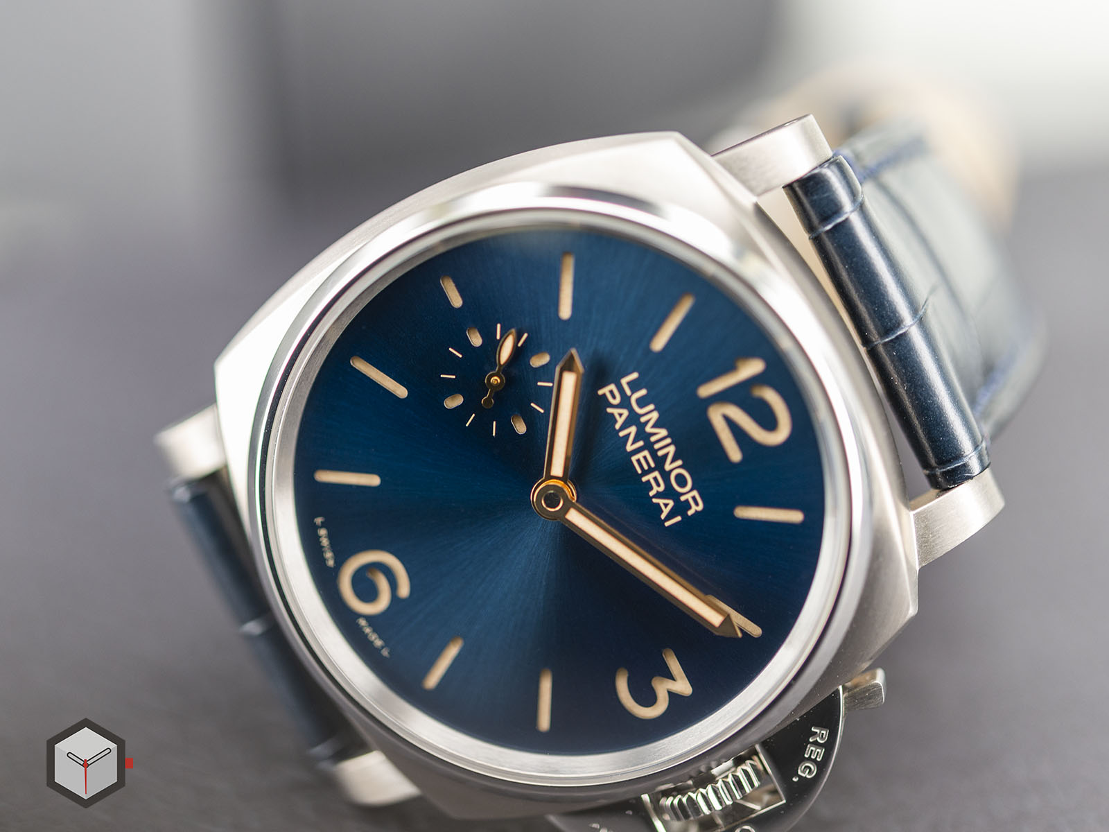 pam00728-officine-panerai-luminor-due-3-days-titanio-42mm-5.jpg