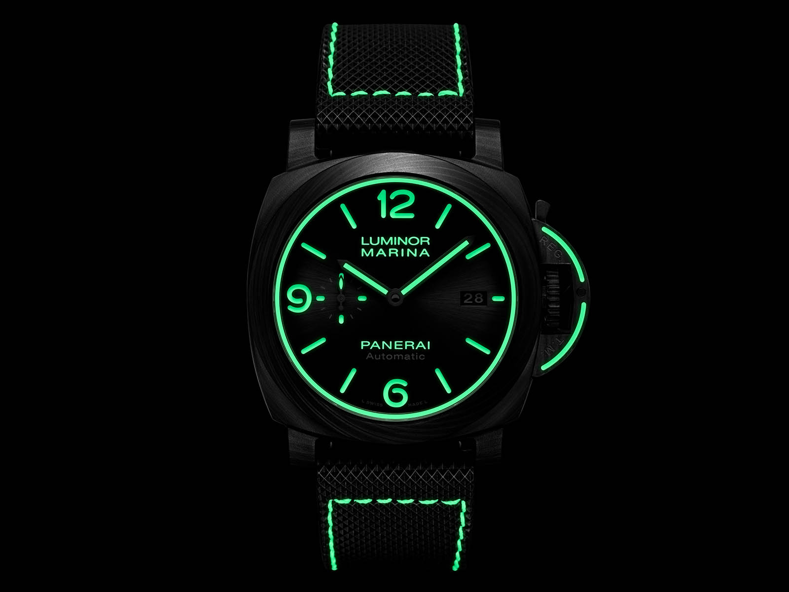 pam01118-officine-panerai-luminor-marina-carbotech-44mm-5.jpg