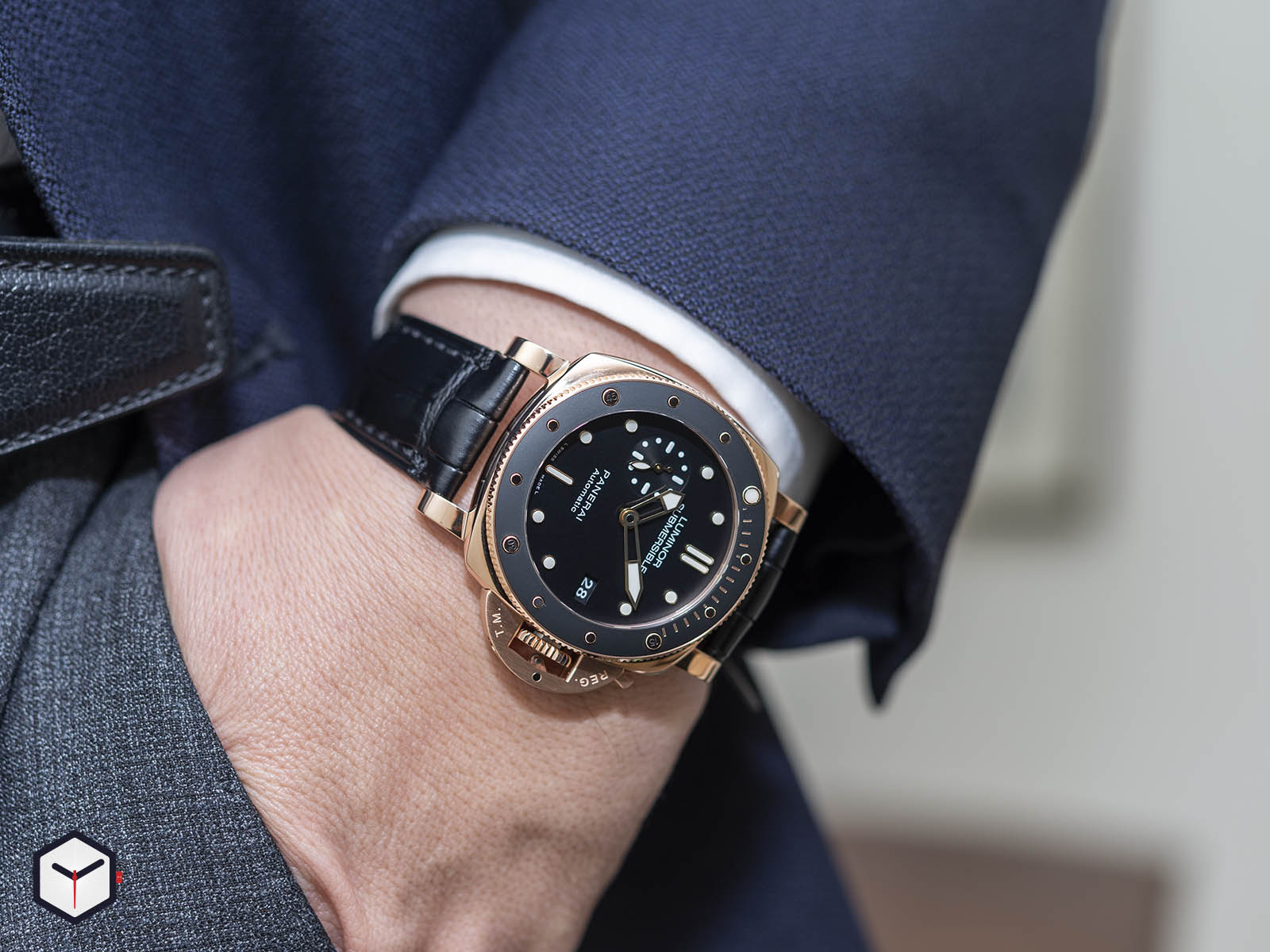pam00684-officine-panerai-submersible-1950-3-days-automatic-oro-rosso-42mm-10.jpg