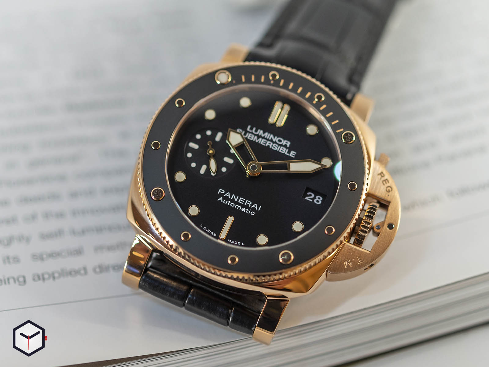 pam00684-officine-panerai-submersible-1950-3-days-automatic-oro-rosso-42mm-3.jpg